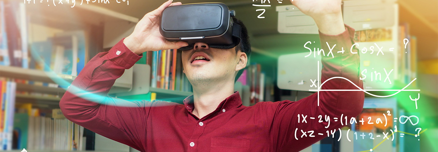 Student uses virtual reality for math