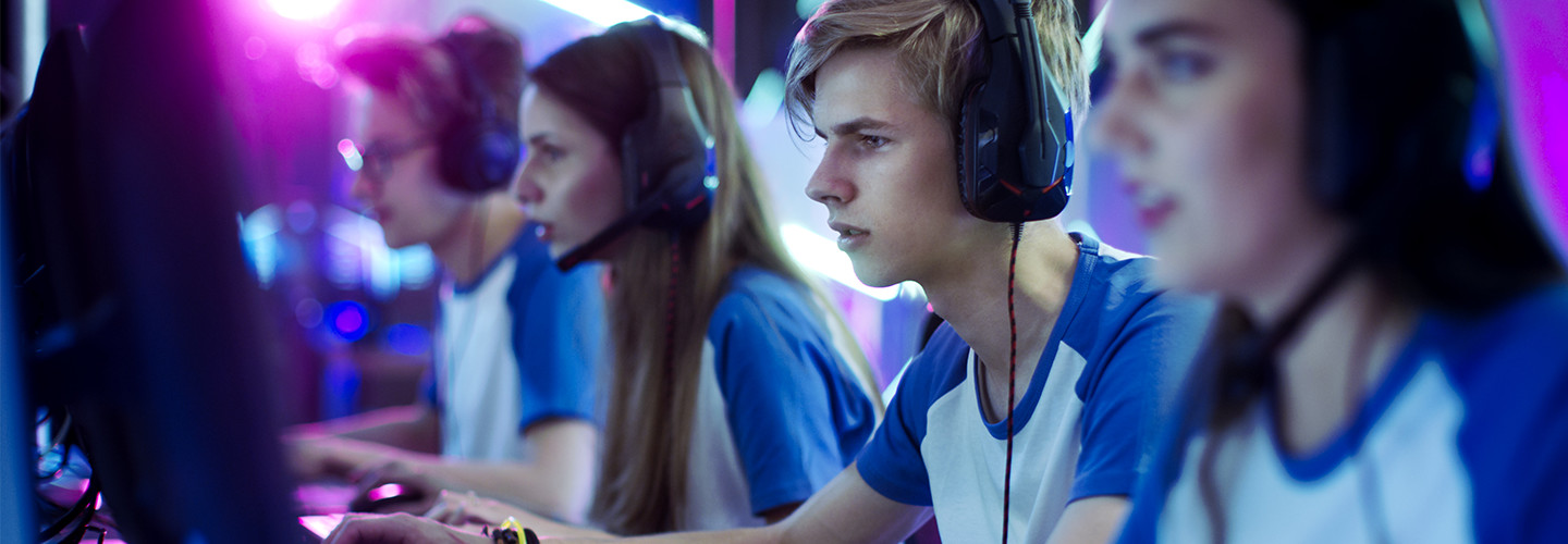 Students competitive gaming