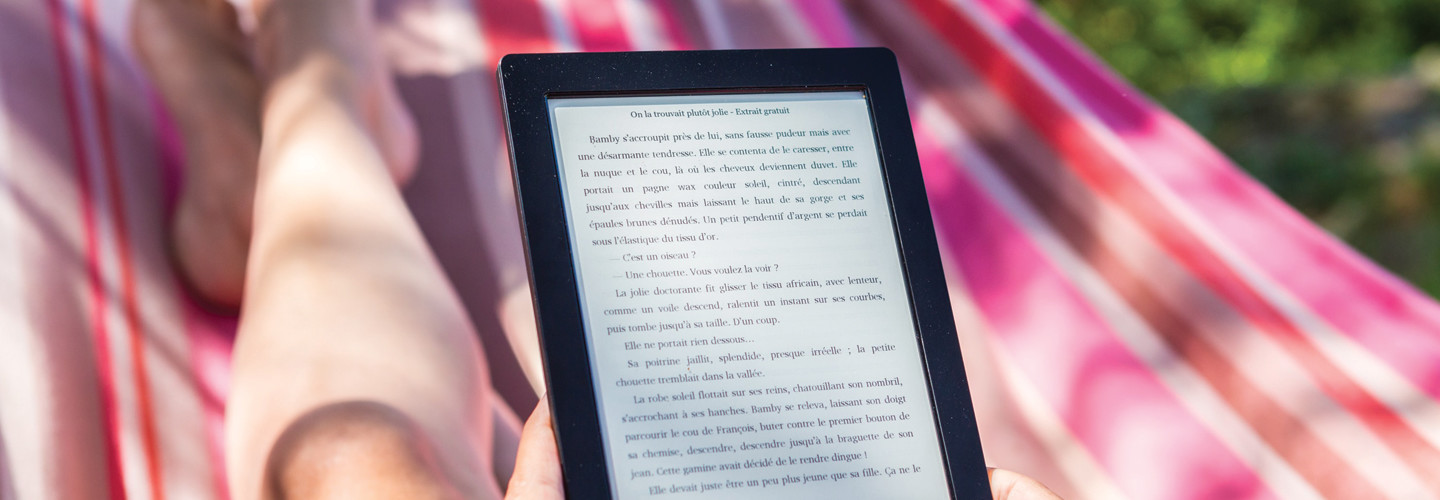 student summer reading e-book tablet
