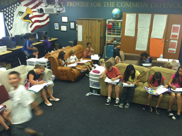 Elementary Classrooms Without Desks : Is it time to get rid of desks in the classroom edtech
