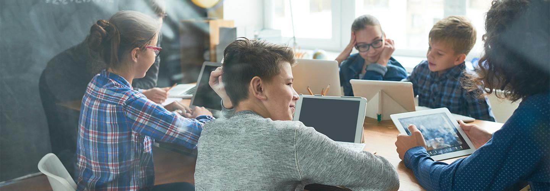 Kids online in classrooms