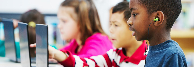 kids using laptops