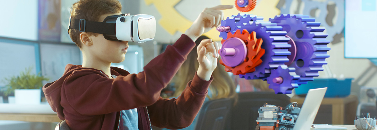 Teachers Use Virtual & Augmented Reality Platforms in the