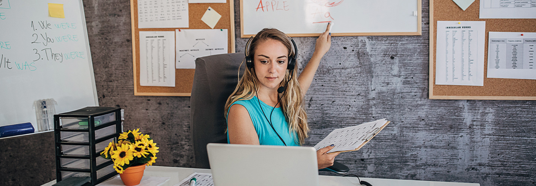 teacher holding class online from home