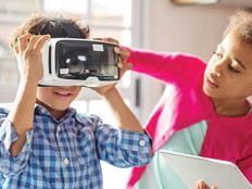 kids using vr headset